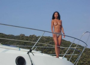 Ellora cheap escort Raubling, BY